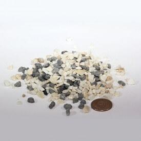 Schwarze und weiße Kieselsteine