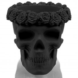 Black 3D skull with flowers Concrete decorations